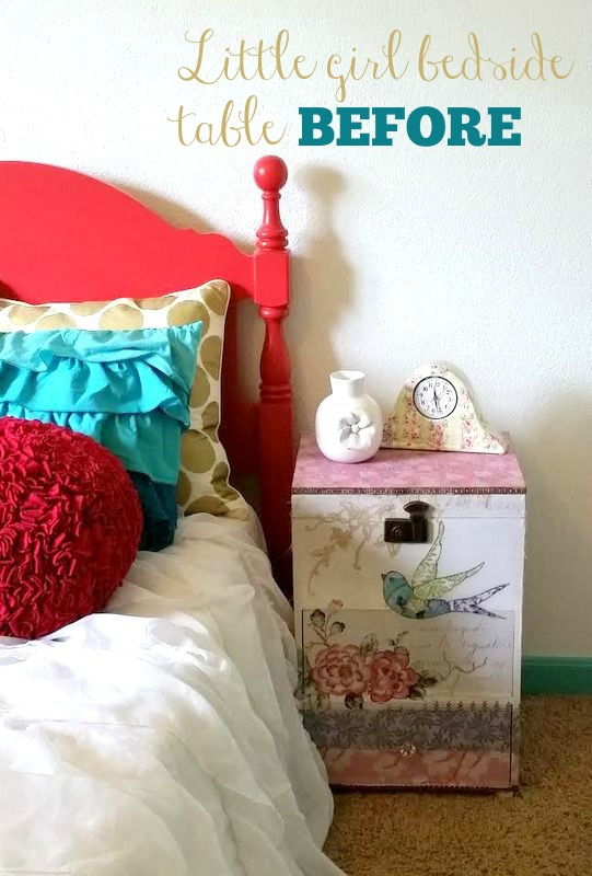 bedside tableTEXT